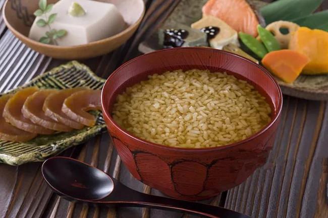 你知道大米炒一下会有什么变化吗?